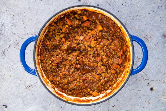 Lentil ragu after a cooking.