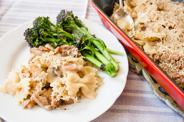 This easy recipe for a family friendly ham, mushroom & turkey pasta bake is perfect for using up Christmas or Thankgiving leftover turkey
