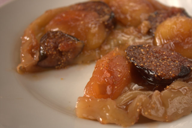 Fig & Apple Tart Tartin - sliced