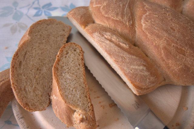 Plaited loaf - sliced