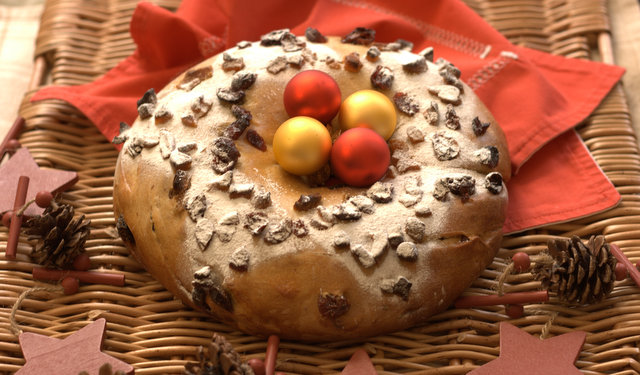 Easy Rosca De Reyes Cake Recipe