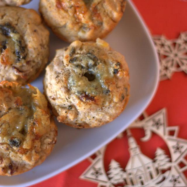 Turkey, stilton & cranberry Christmas brunch muffins
