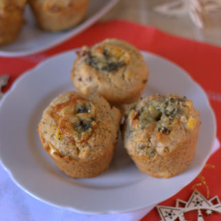 Turkey, stilton & cranberry Christmas brunch muffins plated