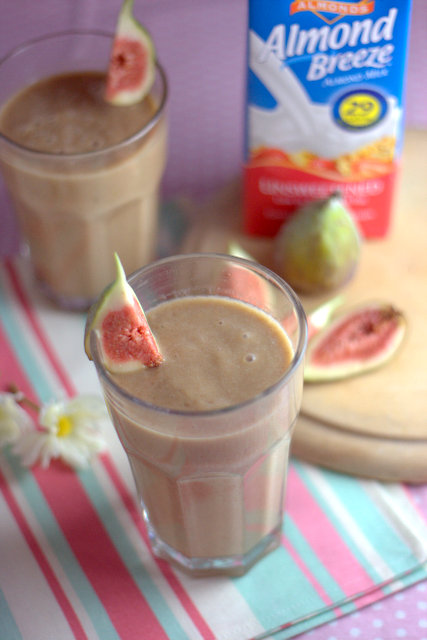 Recipe Spiced Fig Date Oat Almond Milk Smoothie