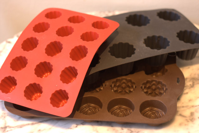 Silicon baking trays