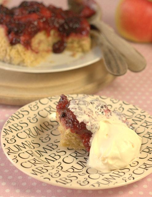 Estivale Apple & Blackberry Steamed Pudding Served
