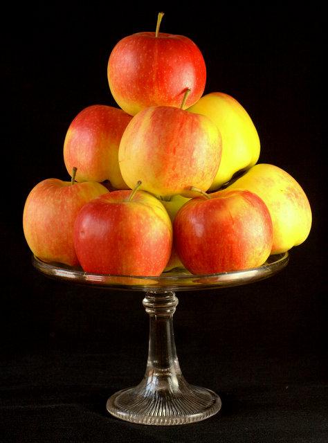 Estivale Apples