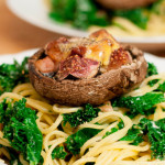 Applewood Cheddar pasta with fig and bacon baked mushrooms