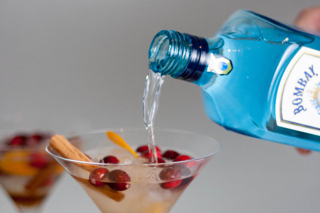 Bombay Sapphire Christmas Martini-pouring gin