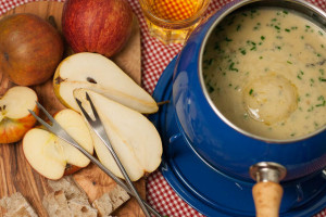Apple Pear Silton fondue