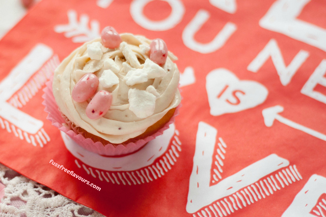 Jelly BellyEton Mess Valentines Day cupcake