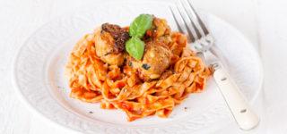 "Pasta with Mediterranean ""meatless"" balls – Vegan and Gluten Free"