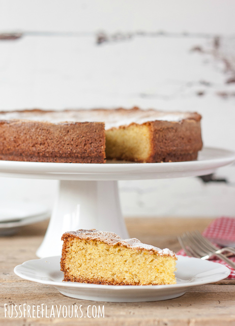 Olive oil, orange and oregano cake sliced