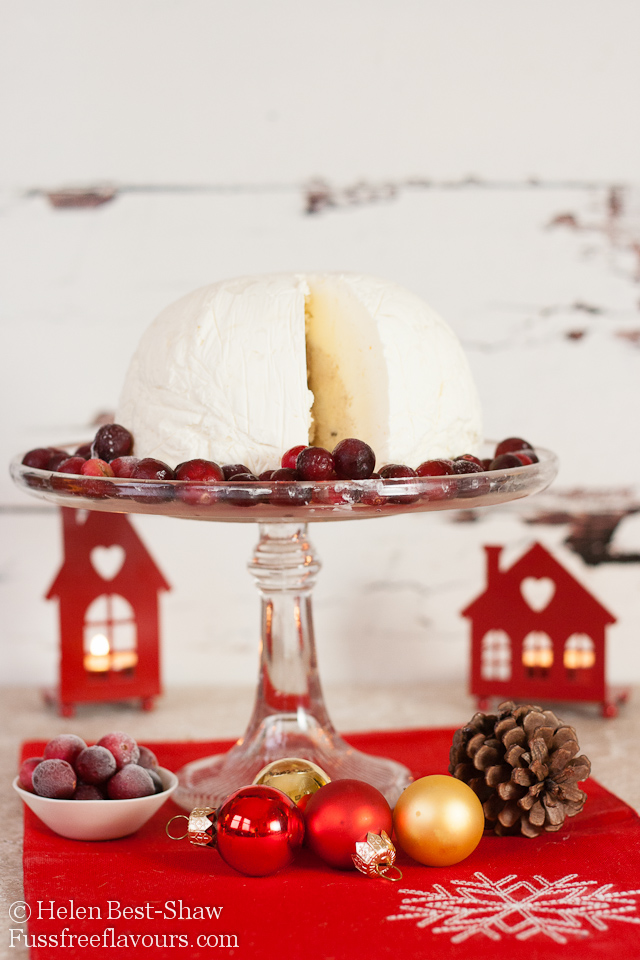 Christmas Pudding Ice Cream Bombe Sliced_