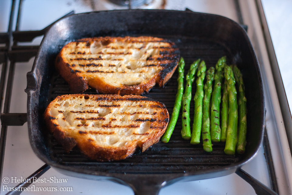 griddling bruschetta and asparagus