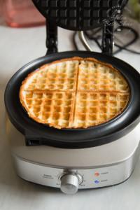 Sage No Mess Waffle Maker