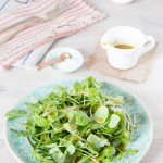 A simple pesto based salad dressing, which is perfect served with pizza.