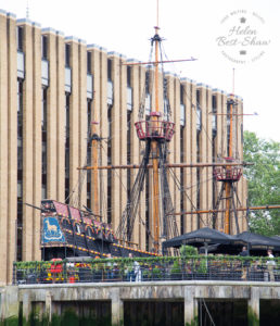 Cruise down The Thames - Embankment to Tower Bridge - The Golden Hind