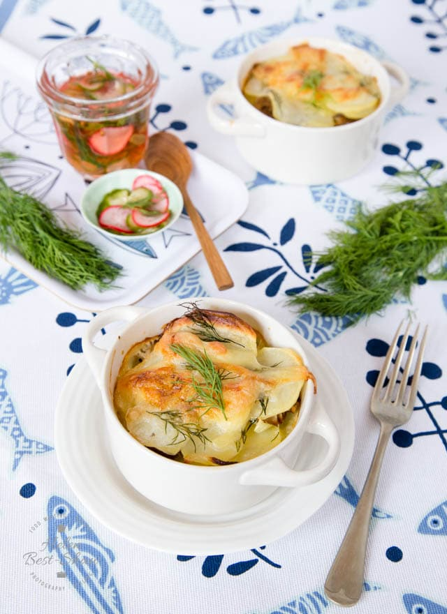 Jansson's Temptation is a easy to make classic Swedish winter warmer. This version uses canned mackerel.