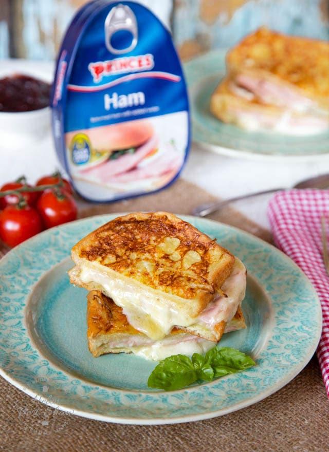 Enjoy this toastie, combining brioche eggy bread, stringy mozzarella cheese and ham.