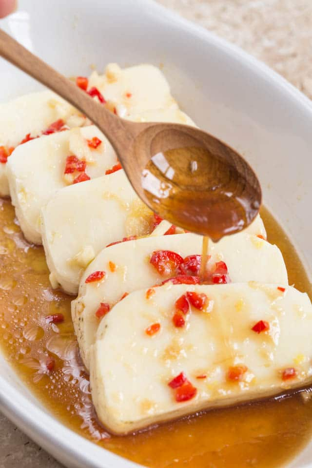 Marinating halloumi cheese