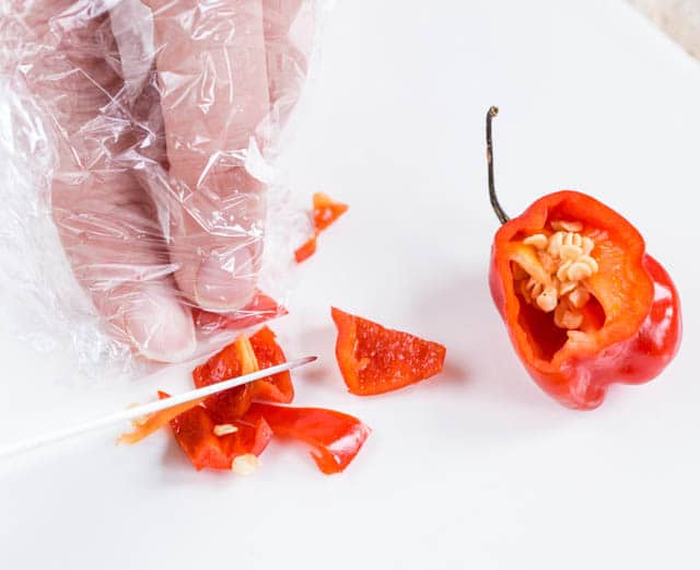 Cling film protects your hands when slicing chillis