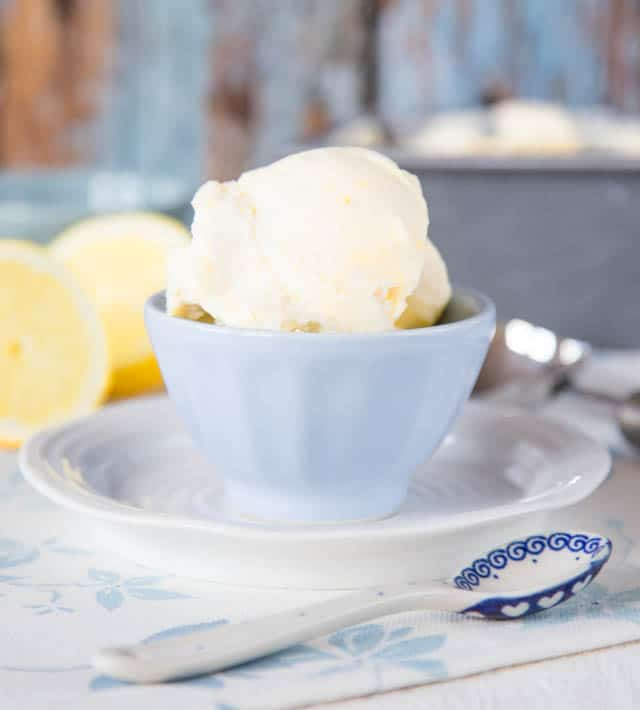 No Churn Lemon Curd Ice Cream. A five minute recipe with only four ingredients.