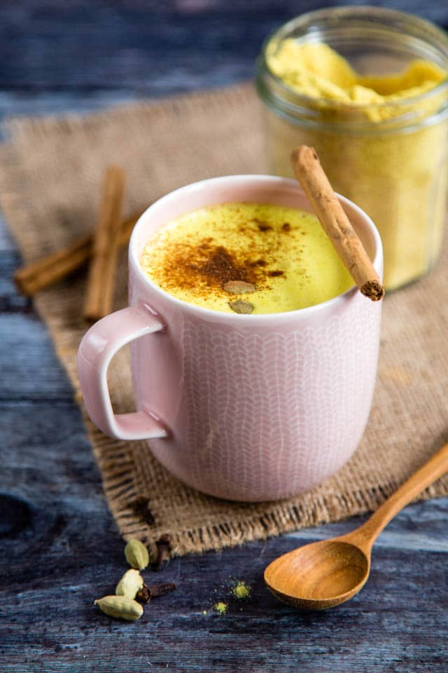 Delicious, earthy, vibrant and easy to make instant turmeric latte mix recipe (Golden Milk). Especially good served with a sprinkle of cinnamon on top!