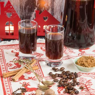 Coffee and festive spices combine in our delicious spiced cold brew coffee