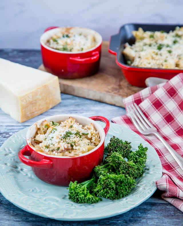 Individual casserole of turkey and ham pasta bake