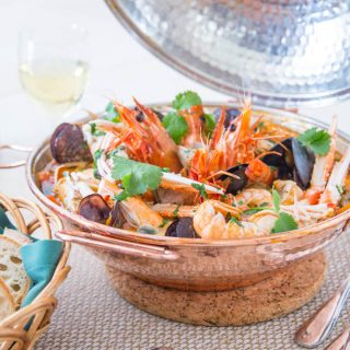 How to Make a Portuguese Seafood Cataplana