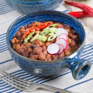 Healthy, Tasty and Filling 5 Bean Chilli Recipe. Perfect for Winter! {Vegan, Gluten Free}
