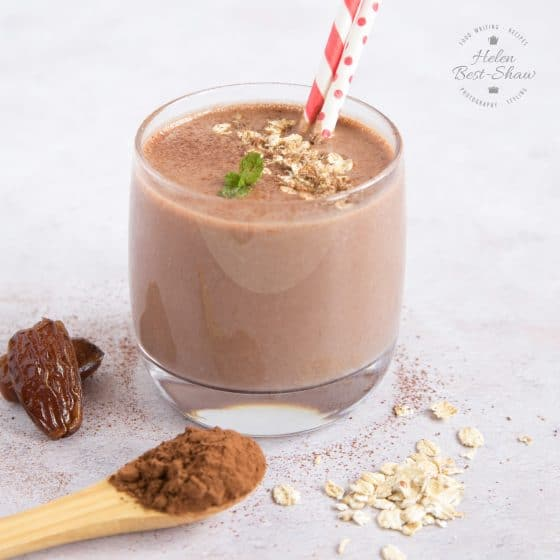 Chocolate & Date Smoothie