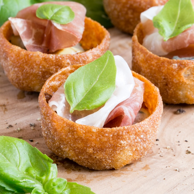 Parma Ham Canapés with Sticky Balsamic Onions & Gorgonzola