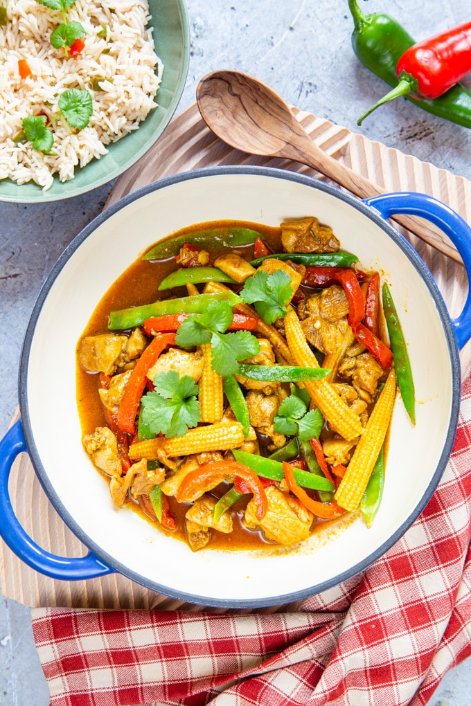 Top down of easy Chinese chicken curry.