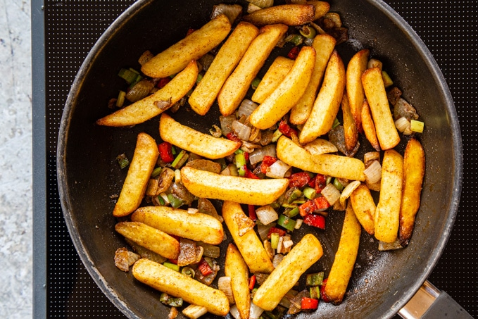 Salt and pepper chips ready for serving.
