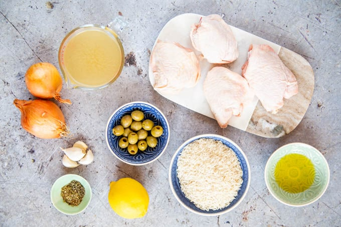 The ingredients for easy Greek chicken one pot.