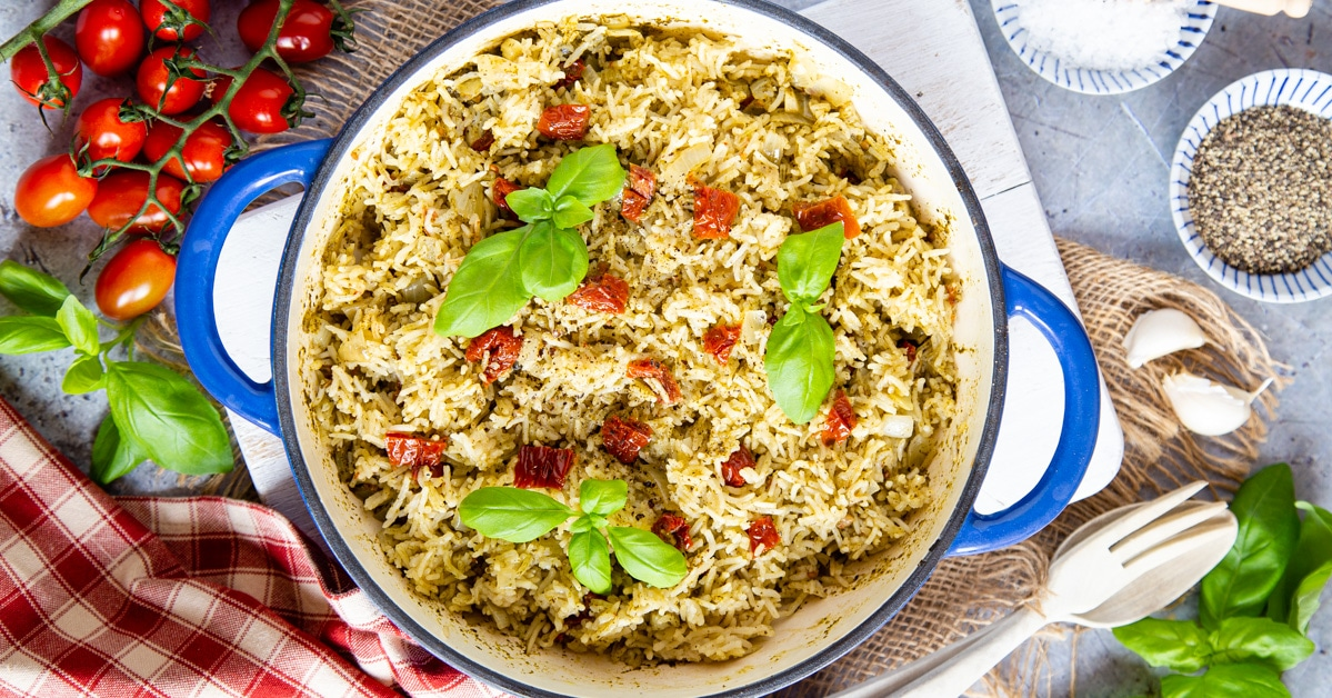 Easy One Pot Italian Rice With Pesto And Tomatoes Fuss Free Flavours