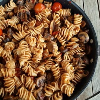 Brown healthy wholewheat pasta with mushrooms and Nduja.
