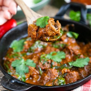 Easy Slow Cooker Beef Curry